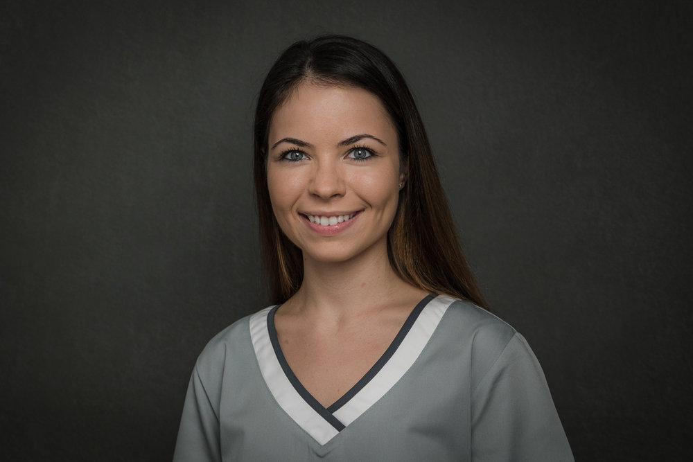 Amina Softic - Dentalassistentin