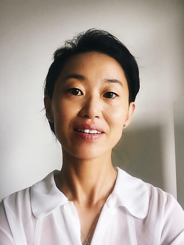 Akiko Headshot (8-18).JPG