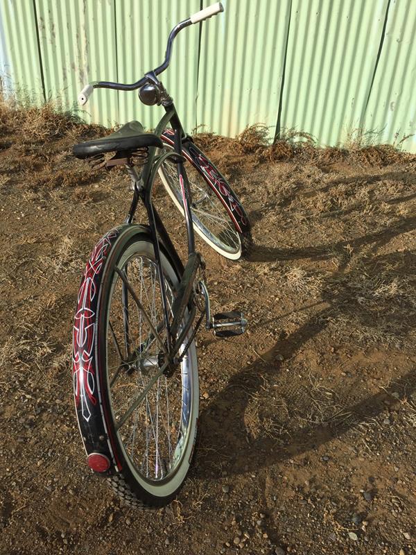 1496686379_blackbike1.jpg
