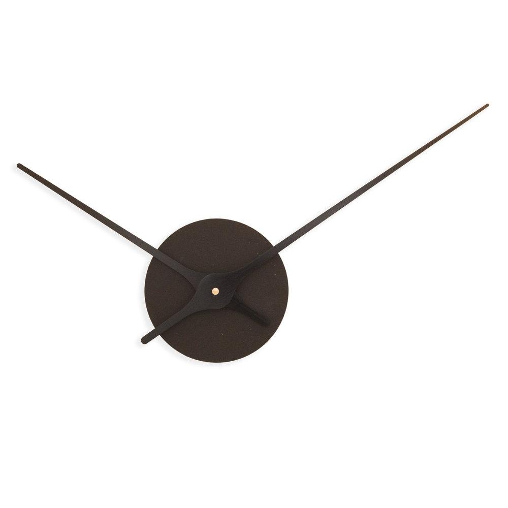 Nordahl Konings-veggklokke-MDFBB10_Black Wood Fibre & Black.jpg