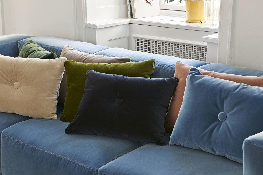Dot Cushion Soft_Mags Soft Lola blue.jpg