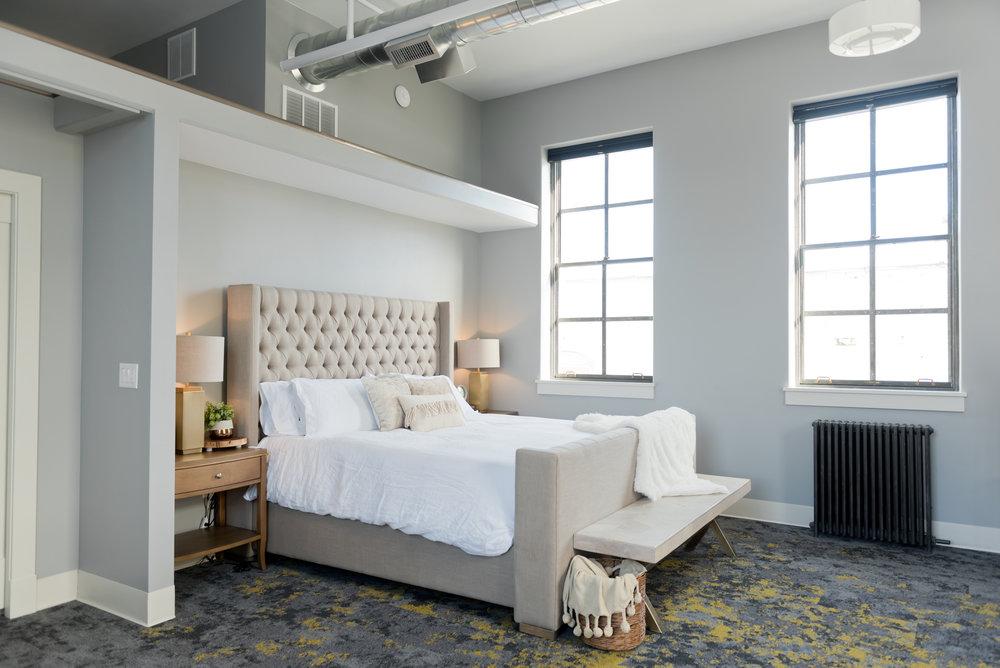 SouthFlatLuxurySuite_Bedroom_22EastCenter4.jpg