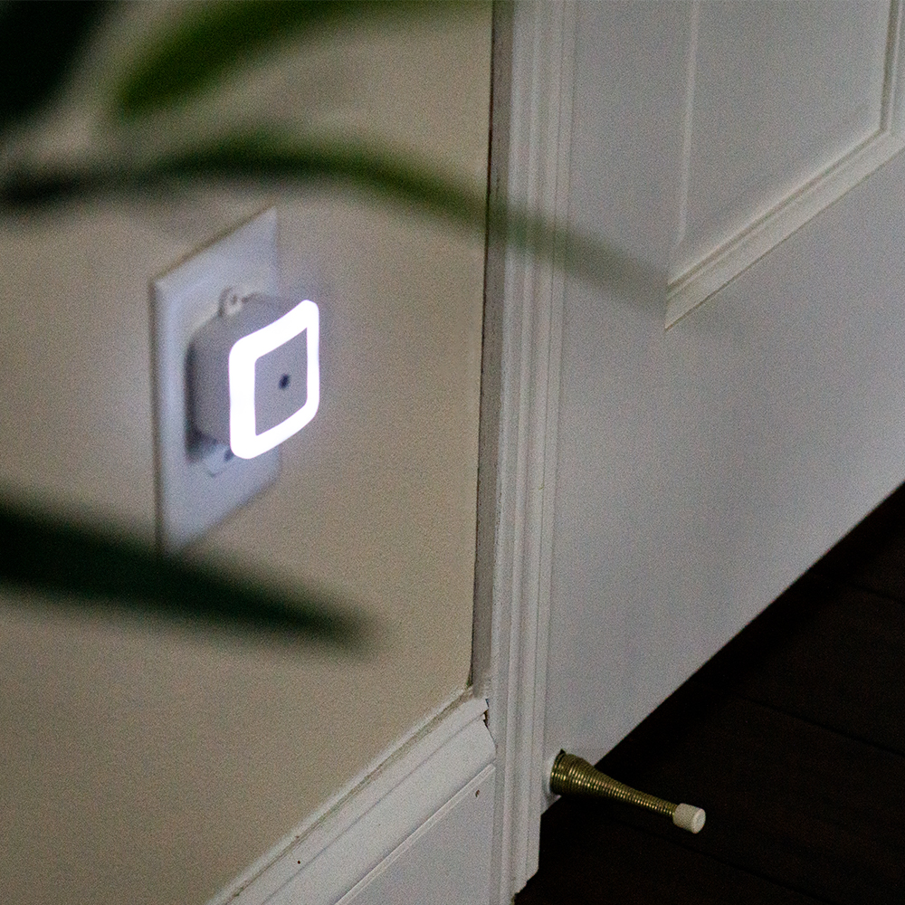 dmex1-bedroom-light.jpg