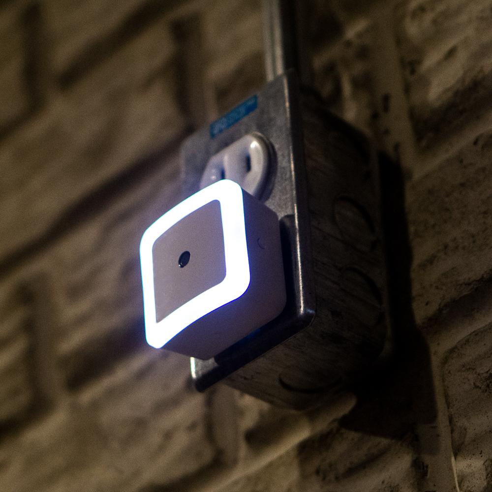dmex1-light-basement.jpg