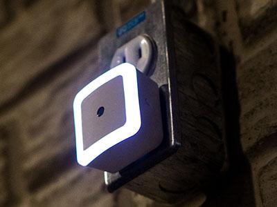 dmex1-zwave-nightlight.jpg