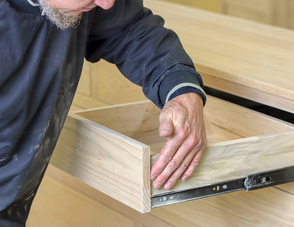 Amish-Furniture-Manufacturer.jpg