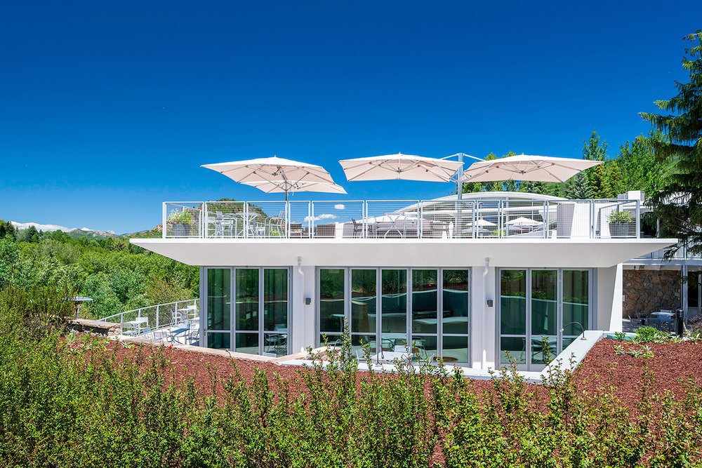 Aspen-Meadows-Reception-dining-deck.jpg
