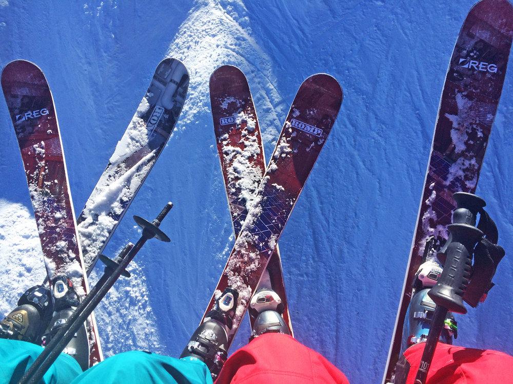 REG-skis-1-(1).jpg