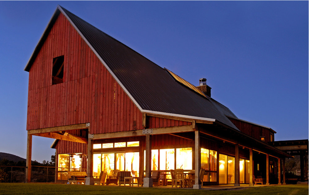 Brasada-Barn-evening.jpg