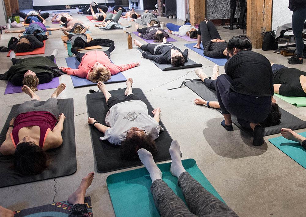 embiria-mothers-yoga-brunch-35.jpg