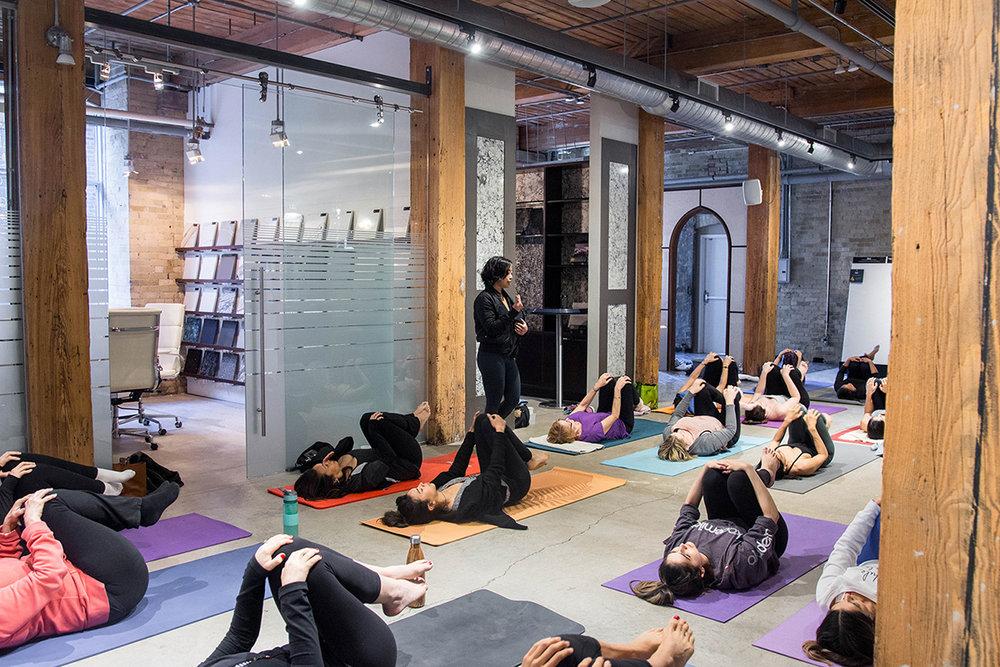 embiria-mothers-yoga-brunch-02.jpg