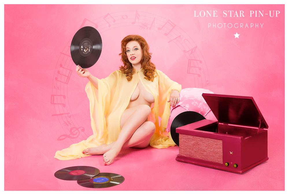 Jolie_record_lonestarpinup.jpg