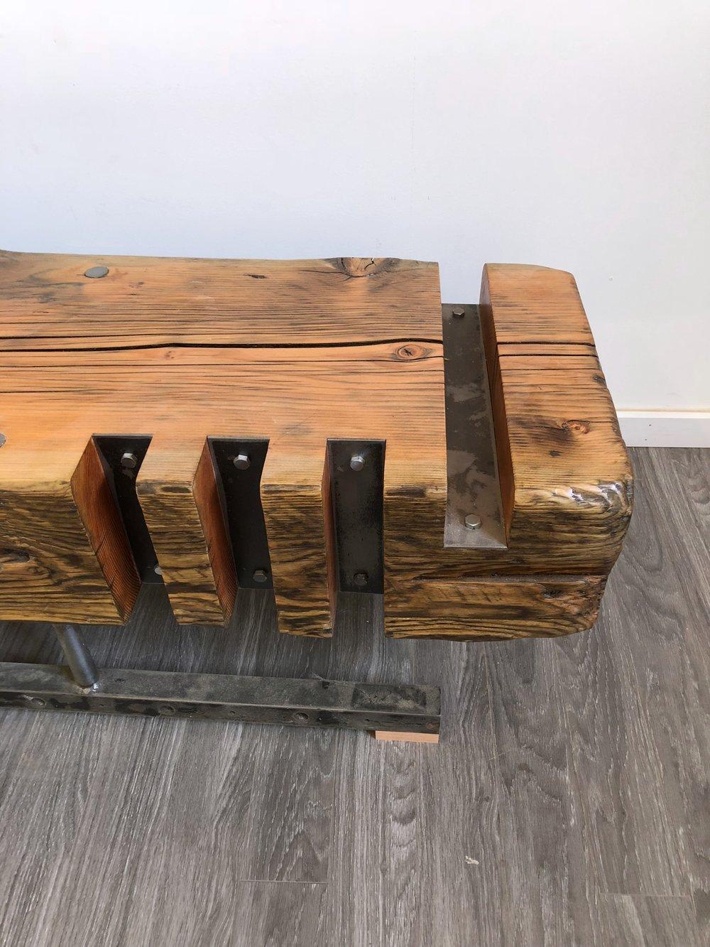 slot-bench-2.jpg