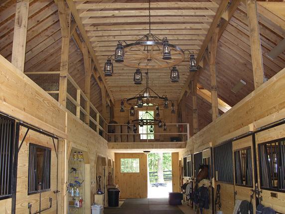 karanik barn interior 1.jpg