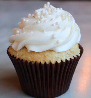 wedding-cake-cupcake.jpg