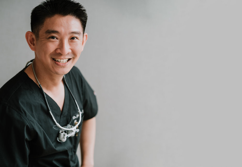 Our Doctor - Learn more about Dr. Jonathan Lee Yi-Liang's experiences and achievements over the years as a specialist in hand and reconstructive microsurgery