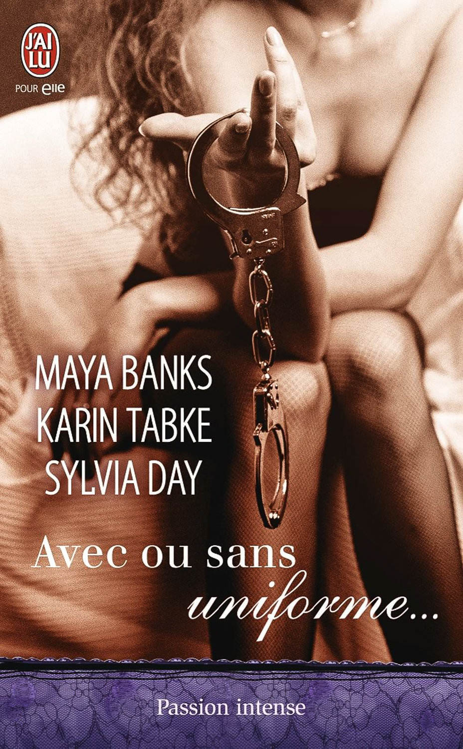 Banks, Tabke, Day, Avec ou sans uniforme Book Cover Photograph by Wolf Kettler