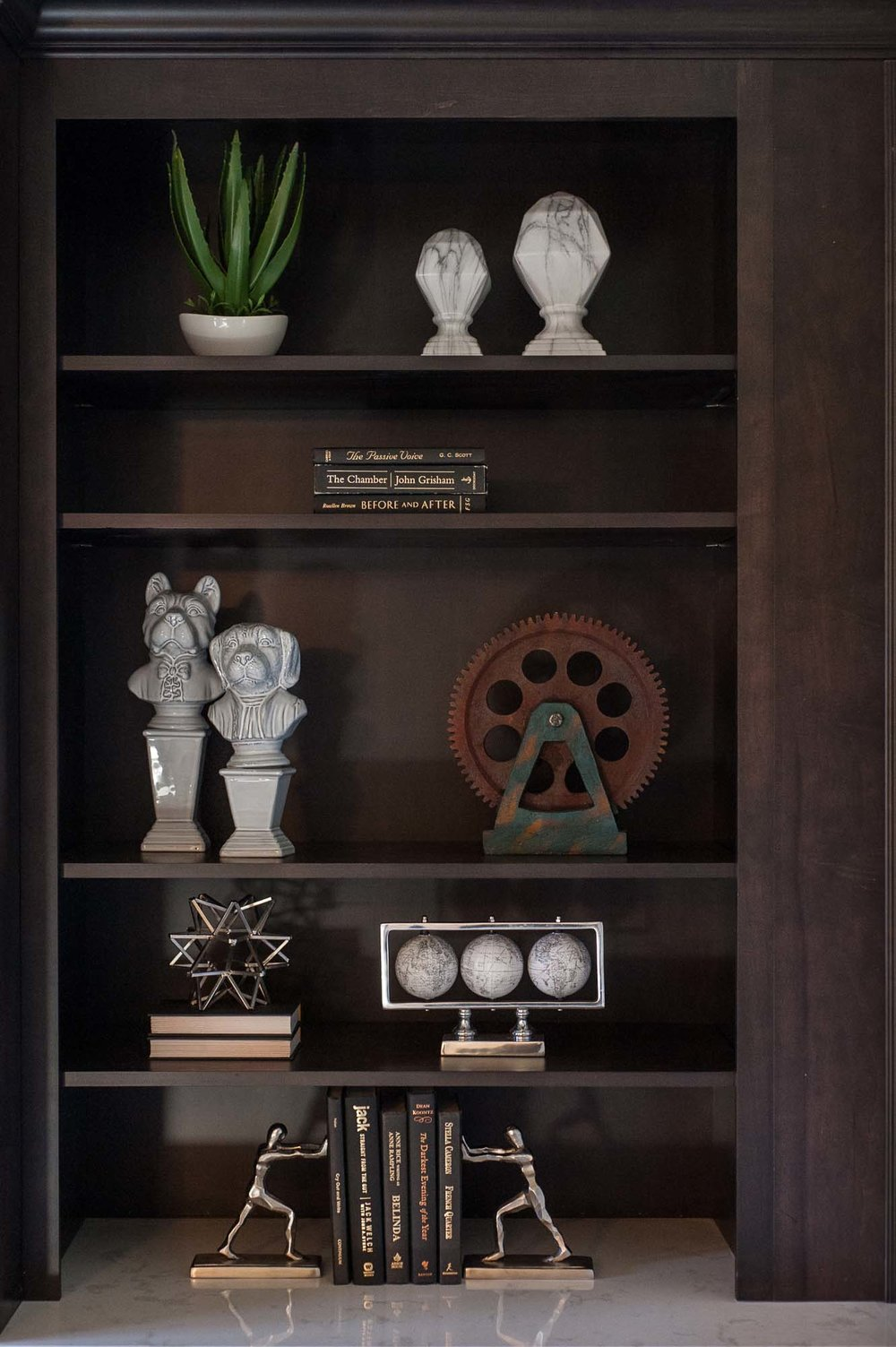 dayton-dr-horton-dr horton-st johns-jacksonville-florida-nefba-northeast florida-southeastern united states-residential interior design-transitional-bookcase-book ends.jpg