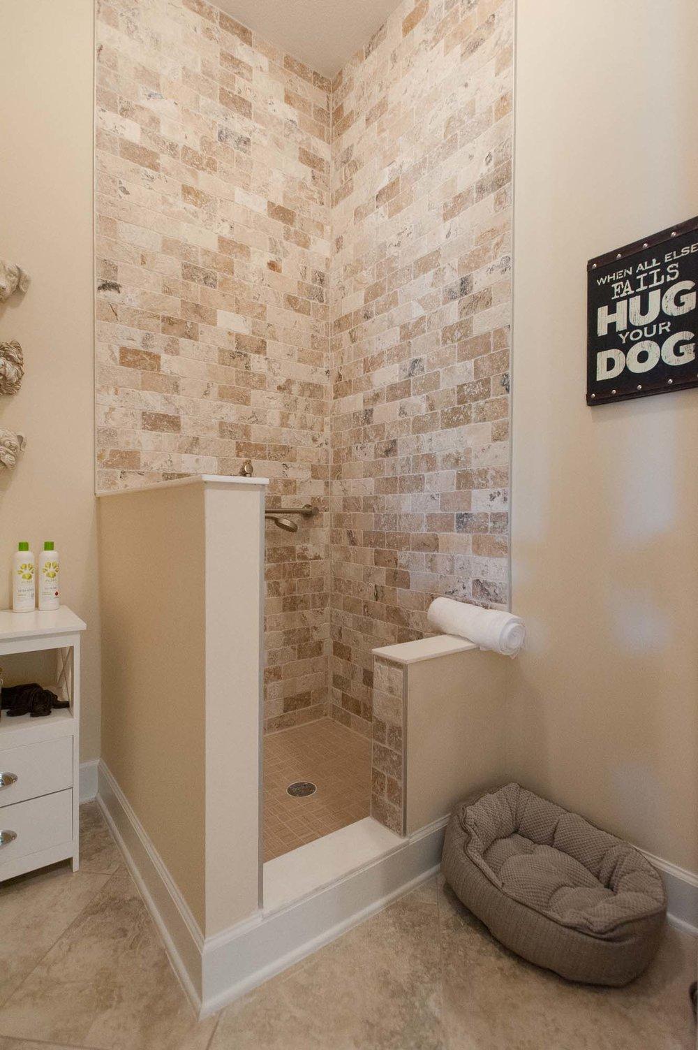 sterling-lennar-celestina-st johns-florida-nefba-northeast florida-southeastern united states-residential interior design-contemporary-puppy-wash-puppy wash-mud-room-mudroom-powder room-.jpg