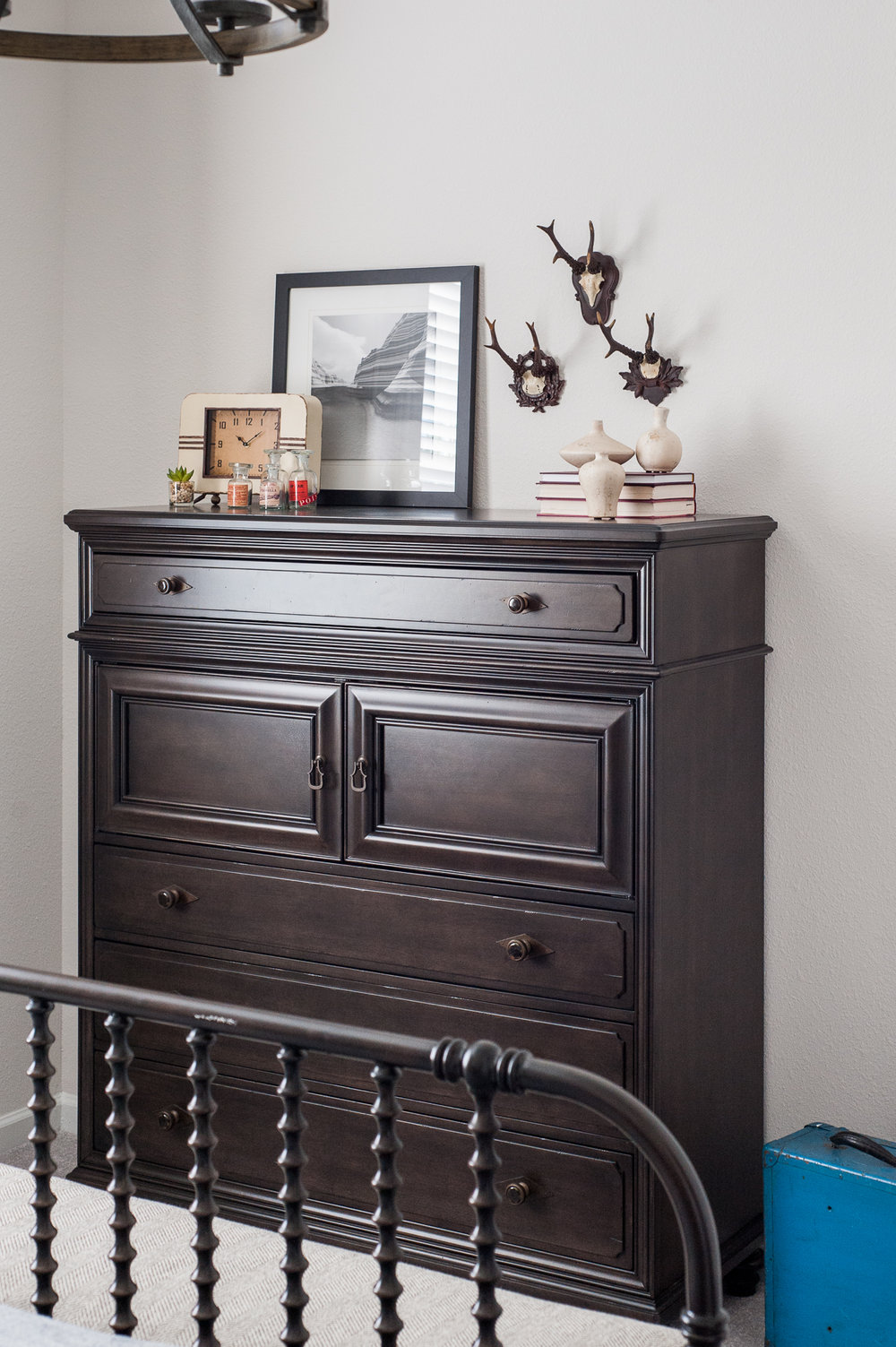 Micamy_Interior Designer_Design_Interior_Model_Merchandising_BoysBedroom_Boys_Camping_McGee&Co_PBTeen_Chest_Universal_Furniture_Styling_SpindleBed_Rustic.jpg