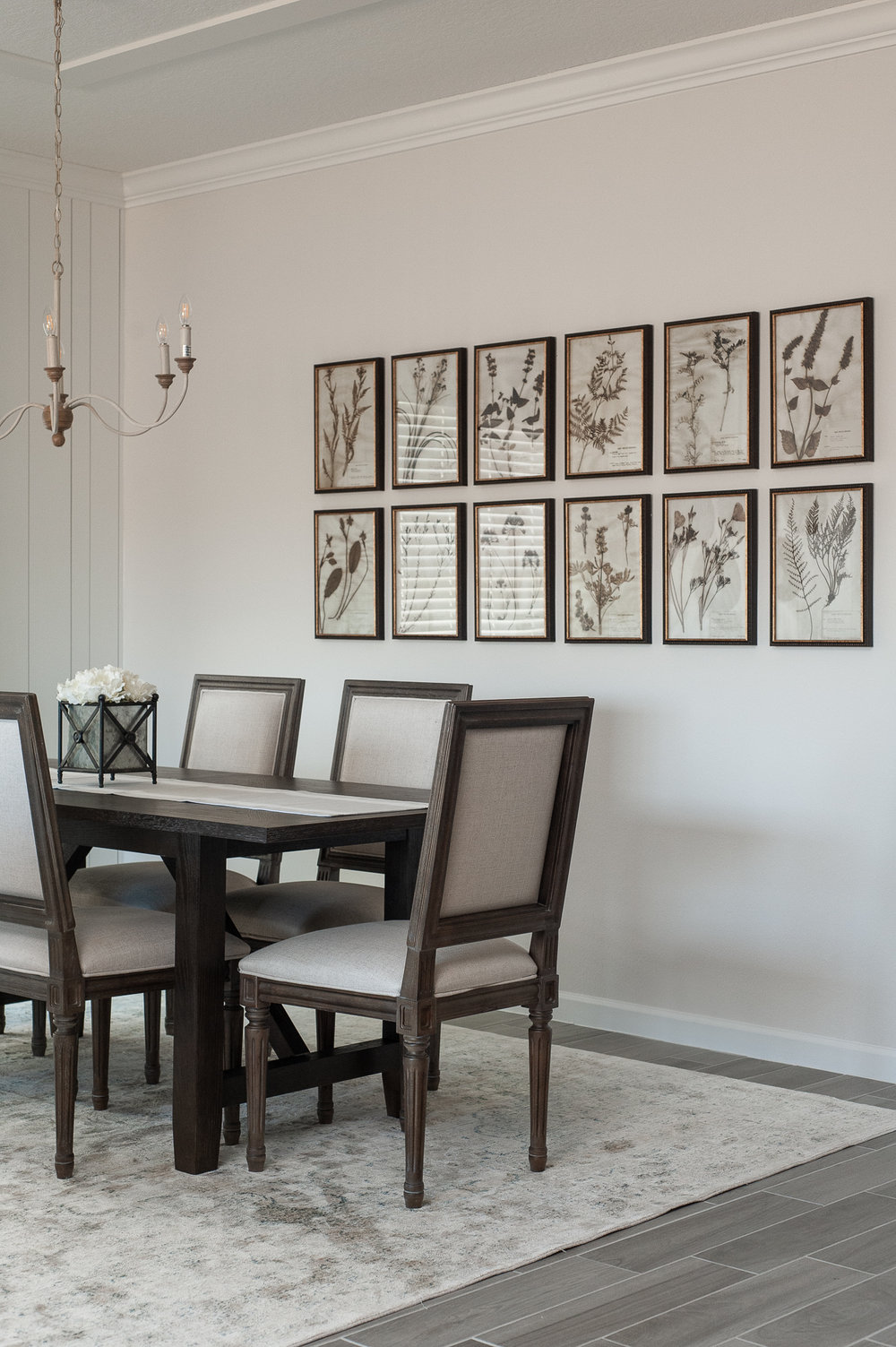 Micamy_Interior Designer_Design_Interior_Model_Merchandising_Dining_Room_Formal_Universal_Furniture_Rug_Loloi_Uttermost_Creative Co-Op.jpg