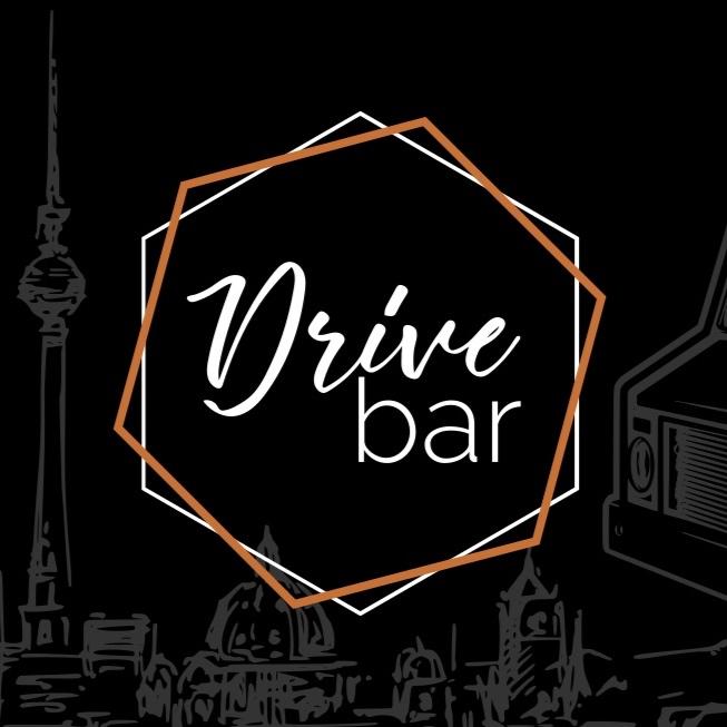 DRIVE BAR - In Berlin in einem Truck unterwegs. Die Drive Bar ist genau was der Name sagt. Eine Bar in einem Truck der dir die besten Drinks machst, wo immer du willst.