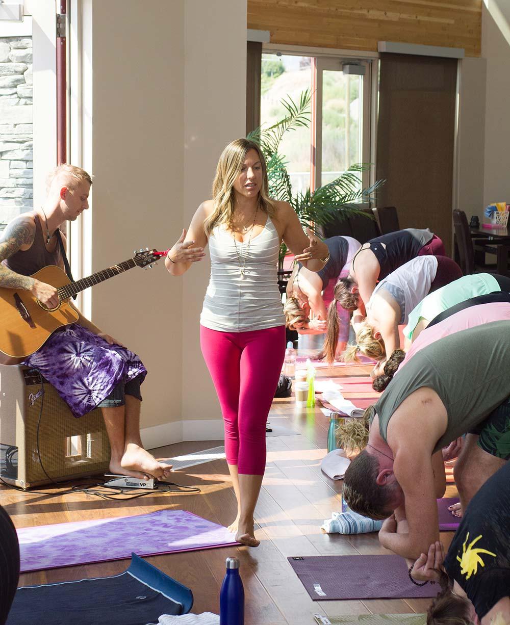 Sjauna-Nyrose-Yoga.jpg
