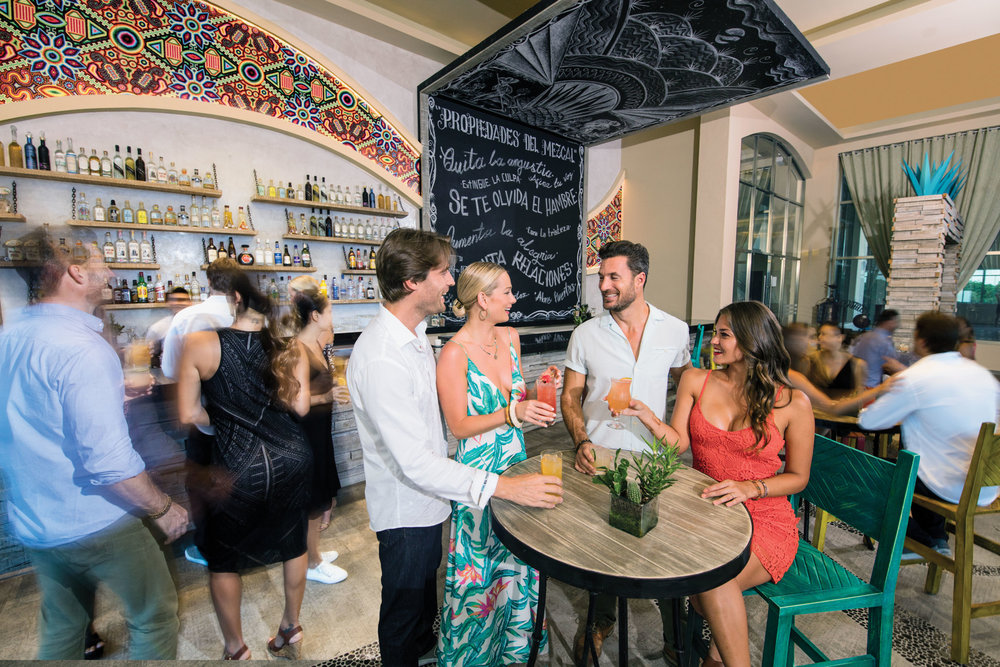 EDSS-Mezcalito-Bar-Couples-A.jpg
