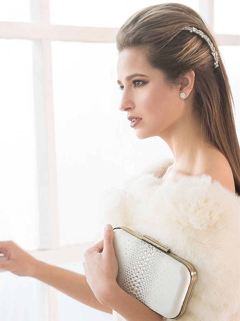 Ella clutch, Gabrielle hairpiece, Greta earrings_web.jpg