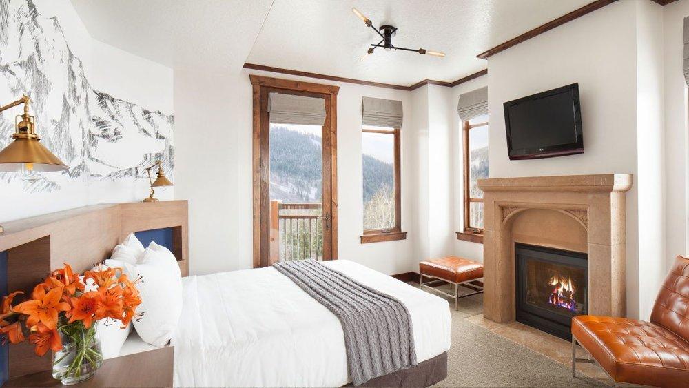 Hyatt-Centric-Park-City-P166-Master-Bedroom.adapt.16x9.1280.720.jpg