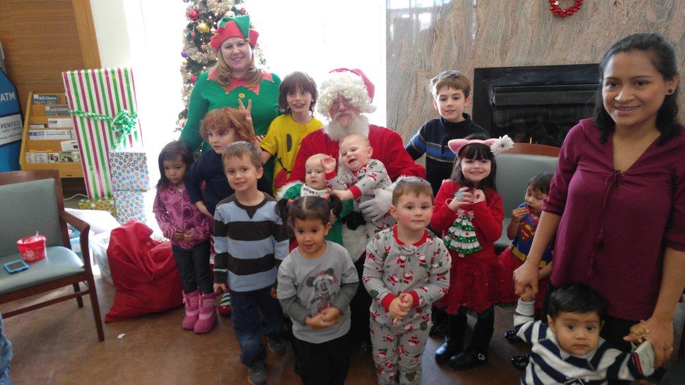 Hogs+and+Heroes-Santa+and+Elf.jpg