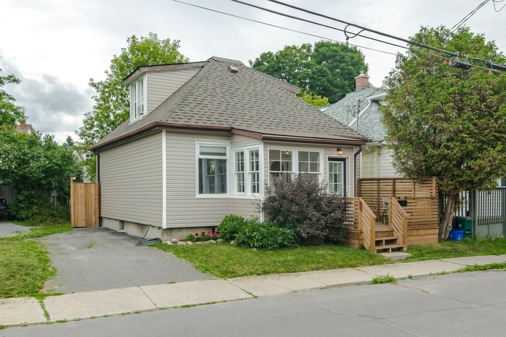 13 Chestnut St. - An adorable home in the Fruit Belt neighbourhood. Walk to absolutely everything.Listed at $325,000.