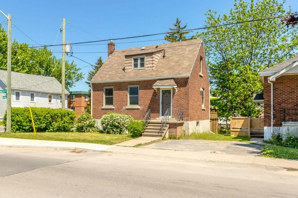 477 Alfred St. - A brick one-and-a-half-storey, updated from top to bottom, across from the Memorial Centre Splash Pad.Listed at $329,500.