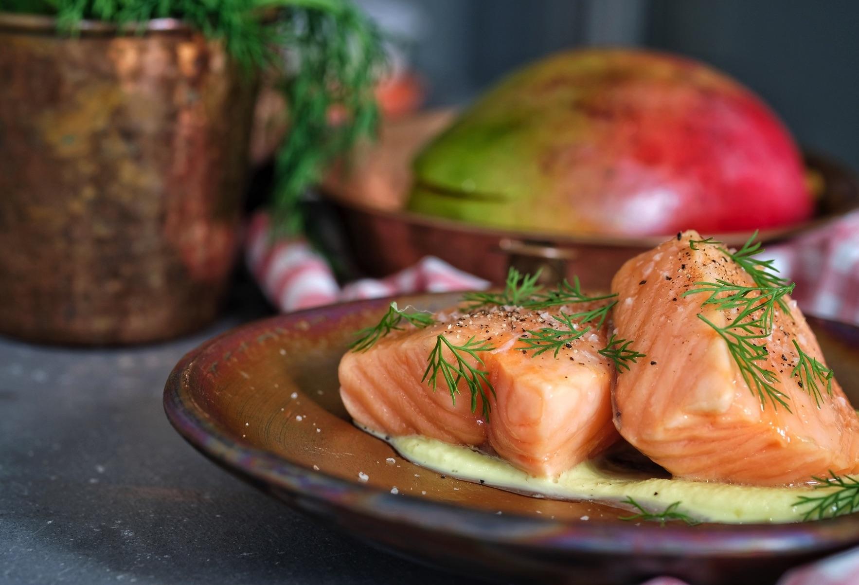salmone in olio cottura