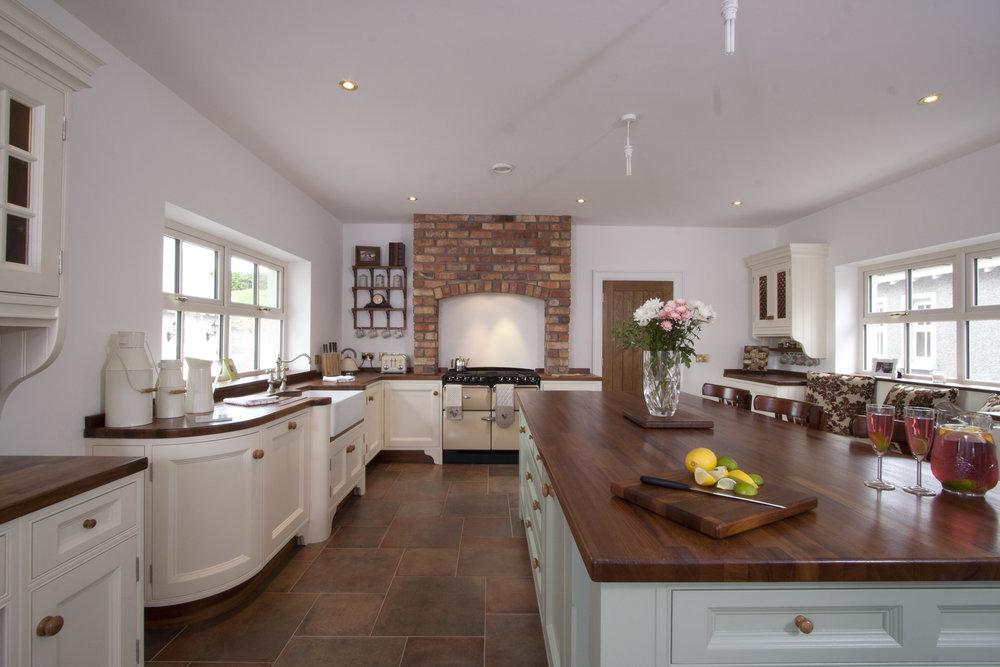 MT -009 -Hand painted kitchen.jpg