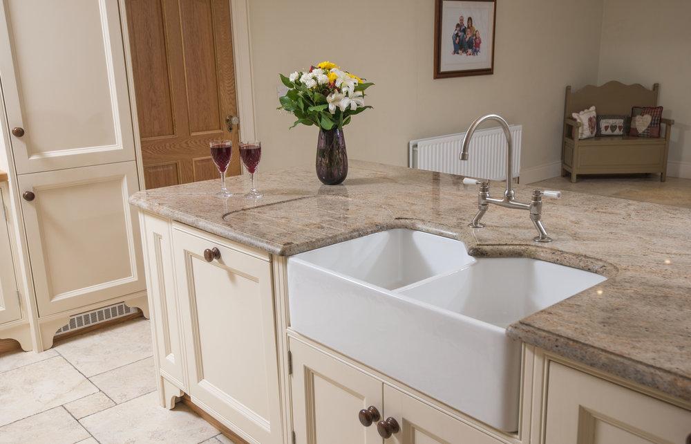 ELM -013 -Hand painted kitchen.JPG