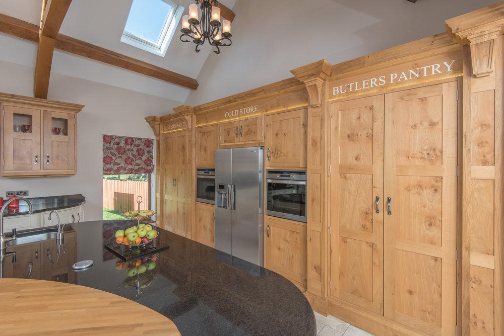 SM -007 -Pippy oak kitchen.jpg