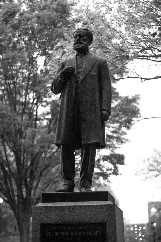 Willoughby-Dayton-Miller-Ohio-State-Dental-Campus-Statue.jpg