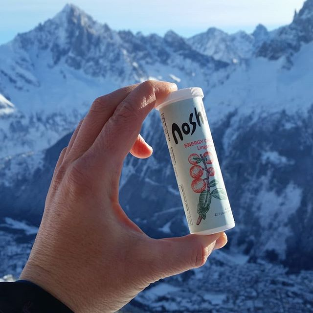 Brought some Nosht to the mountains! Don't know whether downhill and backcountry skiers are primarily classified as endurance athletes but you definitely need good energy to have fun. #eatnosht #plantbased #lowfodmap #sportsfood #backcountryskiing #offpiste #skiing #chamonix #alps