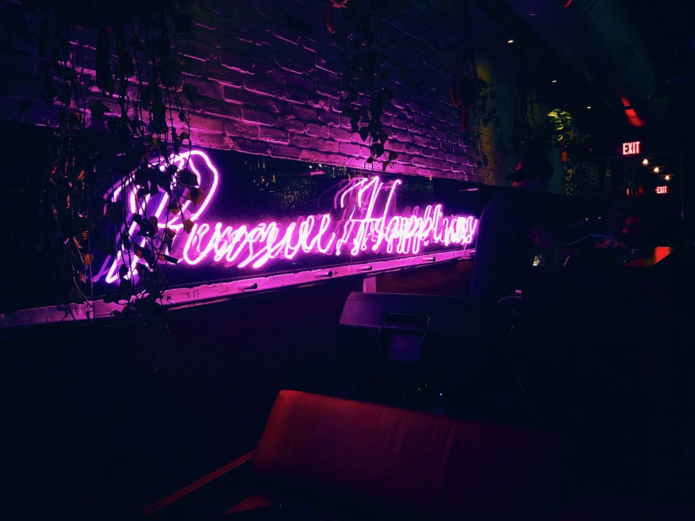 I had to snap a pic of the uber chic neon glow of this sign at Sweet Liberty — seriously one of the most fun bars in Miami! The DJ was on point and we danced the night away to our faves from the early 2000s. I relived a lot of high school dances that night!