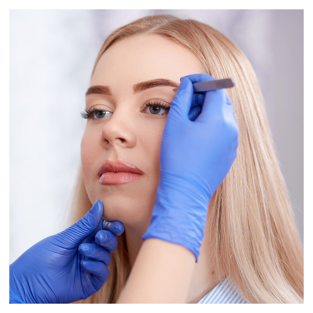 Peoria's Premier Brow Design Treatments - Brows have that amazing affect to draw in attention to the best features of the face. Let our beauty experts give you the most amazing attention to detail that your brows will ever receive. We will never slap some wax on, rip it off and then send you on your way. It doesn't work that way.
