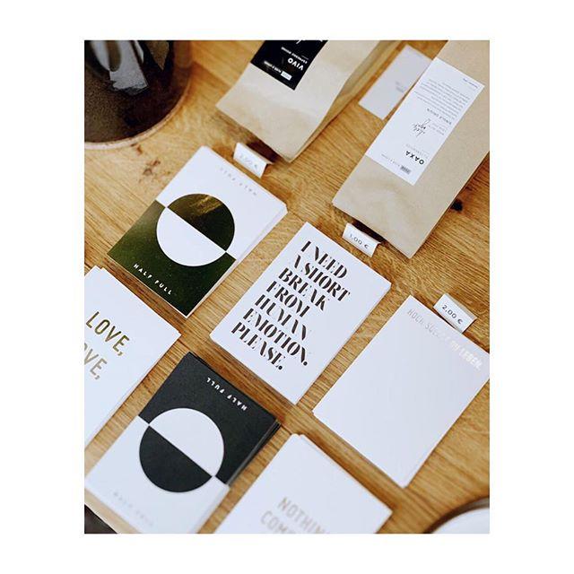 Postkartenjungle  #handmade #postcard #papeterie #papergoods #paperlove #coffee #coffeelover #interior #inthestudio #instagood #flatlay Shot By @aliceandlogan