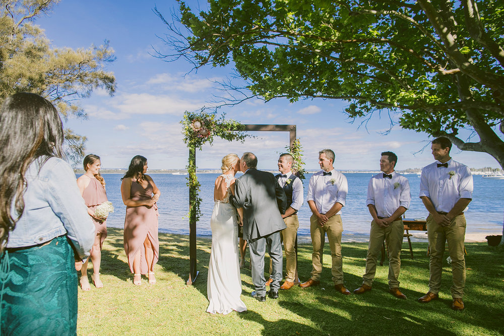 Matilda Bay Pop Up Wedding09.jpg