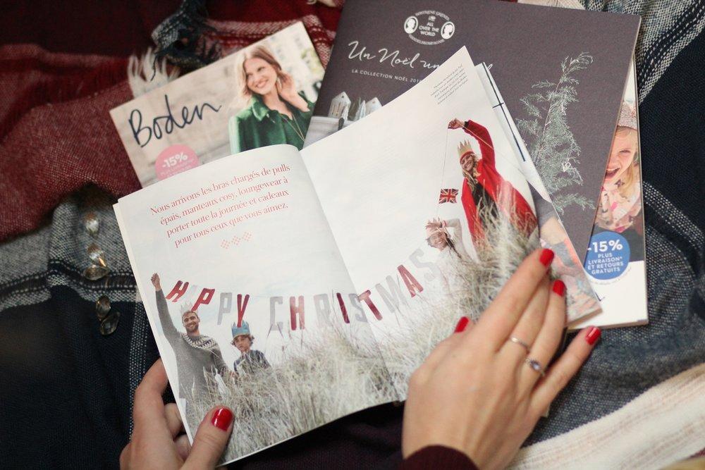 Des catalogues, Boden et des pulls de Noël