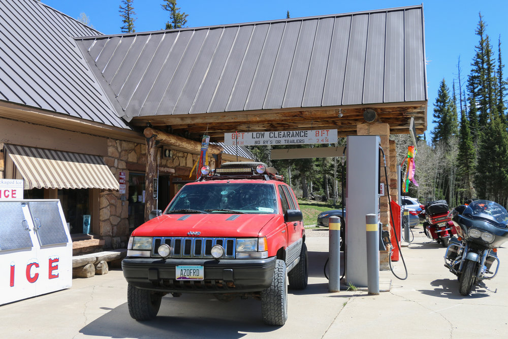 Last ressuply point (North Rim Country Store) for the next 24 hours.