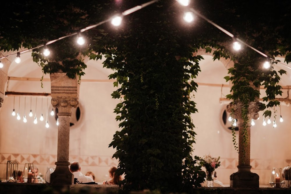 FAIRY CASTLE - real wedding fromthe greenest spot of budapest