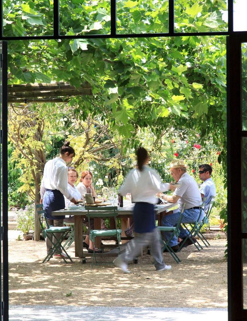 armand-arnal-chef-restaurant-la-chassagnette-photographie-culinaire-02.jpg
