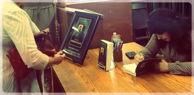 Vroman's Book Store - Book Signing