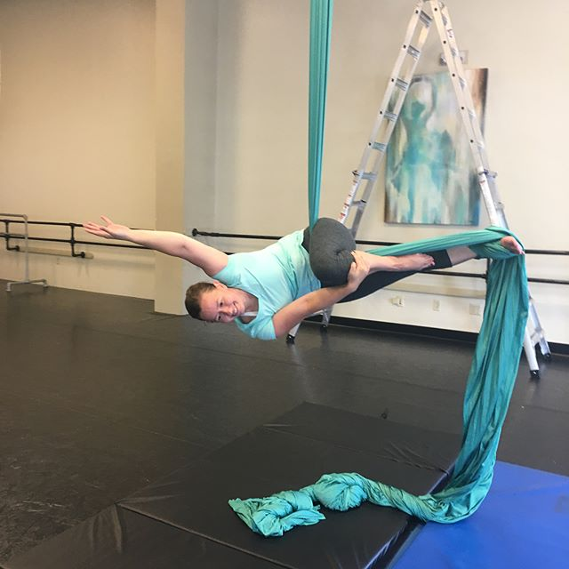 So I did something cool today... Aerial silks at @vie_de_cirque! So much fun! It's my second class, but I'm looking forward to taking more. #aerialsilks