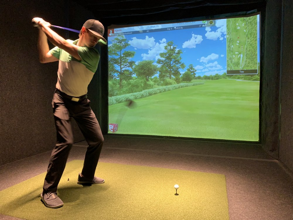 INDOOR GOLF LEAGUES - Enjoy friendly competition & camaraderie with our winter golf leagues.